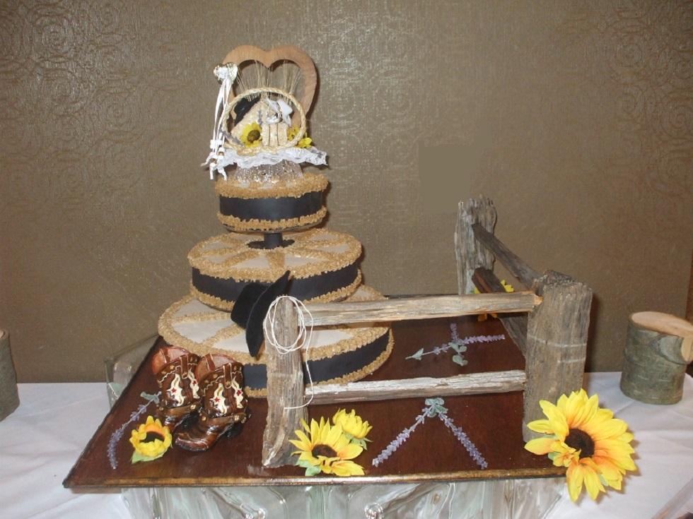 Wagon Wheel Cake w/ Split Rail Fence and Cowboy Boots